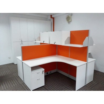 Office Workstation With Metal Leg
